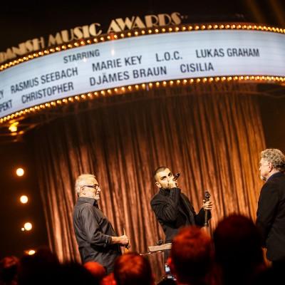 S!vas (Årets Solist) @ Danish Music Awards 2015